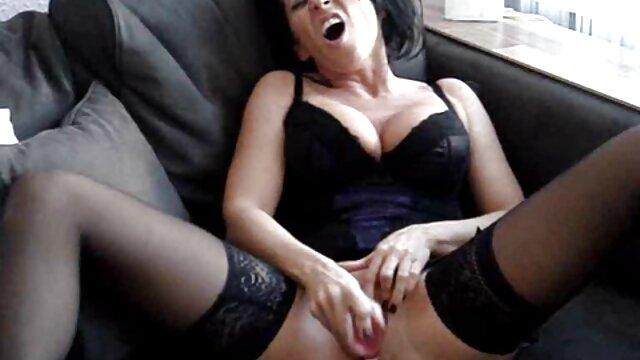Corps ferme brune aime xxl film pornographique le sport et le sexe