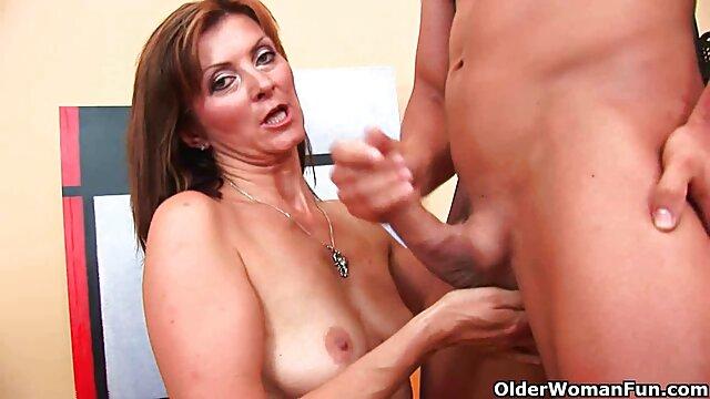Cindy tente une nouvelle porno xxxl gratuit carrière