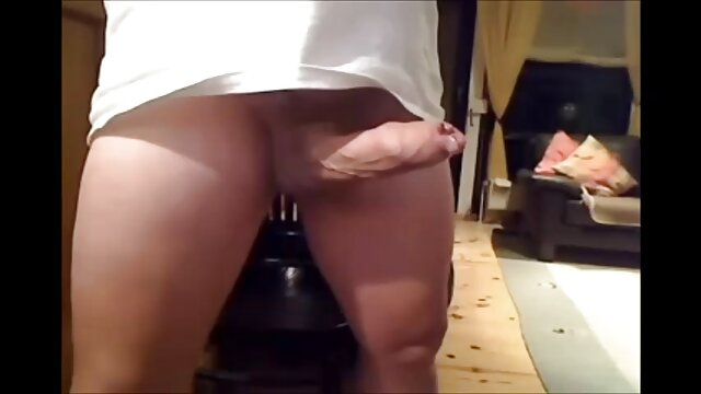 L'escorte Karina film pornographique xxxl baise un homme plus âgé 1