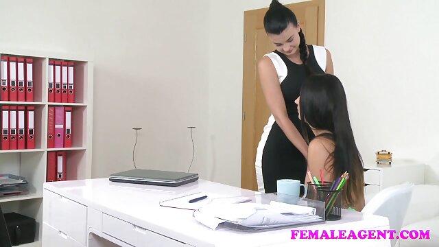 Deux lesbiennes françaises vidéo pornographique xxl sur un toit