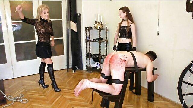 Natasha Dulce, une grosse poulette noire baise film pornographique xxl