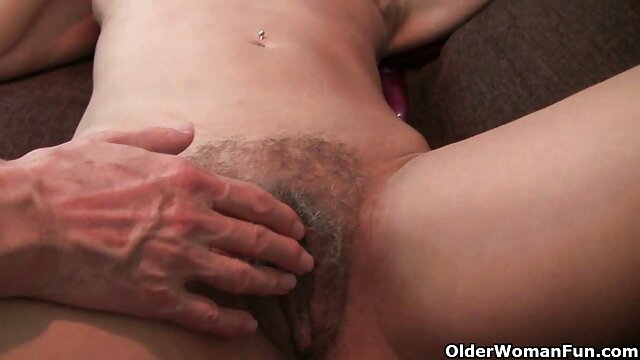 Deepthroat film pornographie xxxl vierge