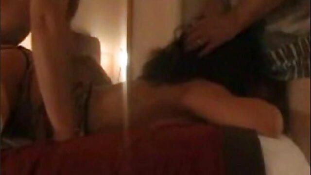 Teen a besoin d'un xxl video pornographique homme mûr