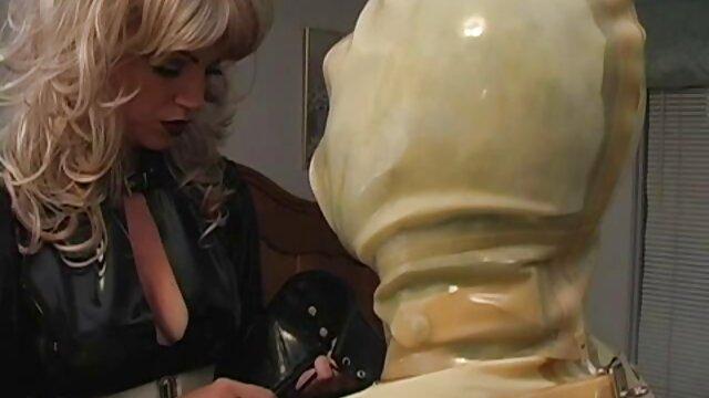 Poupée film porno xxl français sexuelle Paige Ashley
