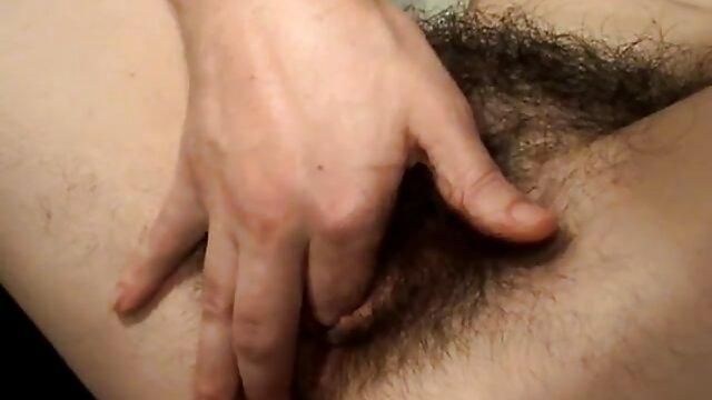 Carla Cox, Kitty Salieri, Morgan Moon, Initiations à une orgie film porno xxl vidéo 2