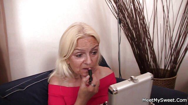 Nonne sex porno xxl gratuit ayant des relations sexuelles hard sur le lit après les prières-m1991a1-